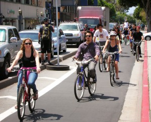 Cycle Tracks in Long Beach, CA. Photo: http://flyingpigeon-la.com