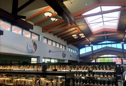 Interior photo of Hillcrest Mission Hills Public Library